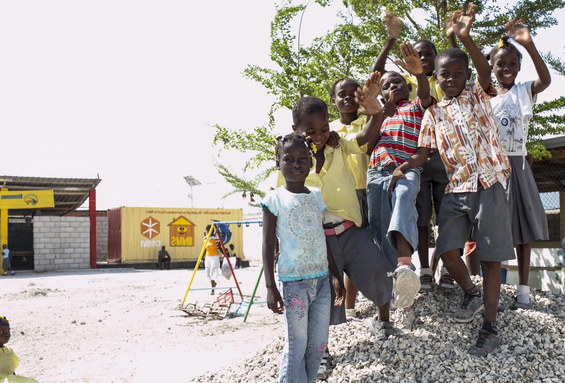 Foto di Roger Lo Guarro. infanzia negata, i diritti dei bambini